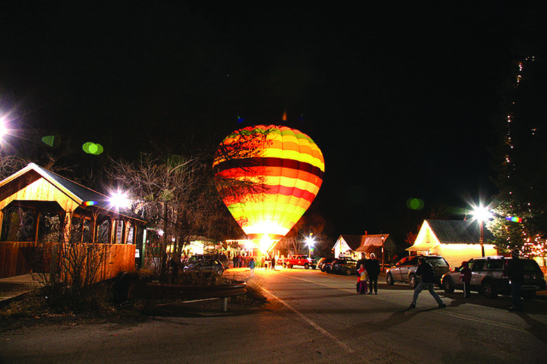 Christmas End of Road hot air