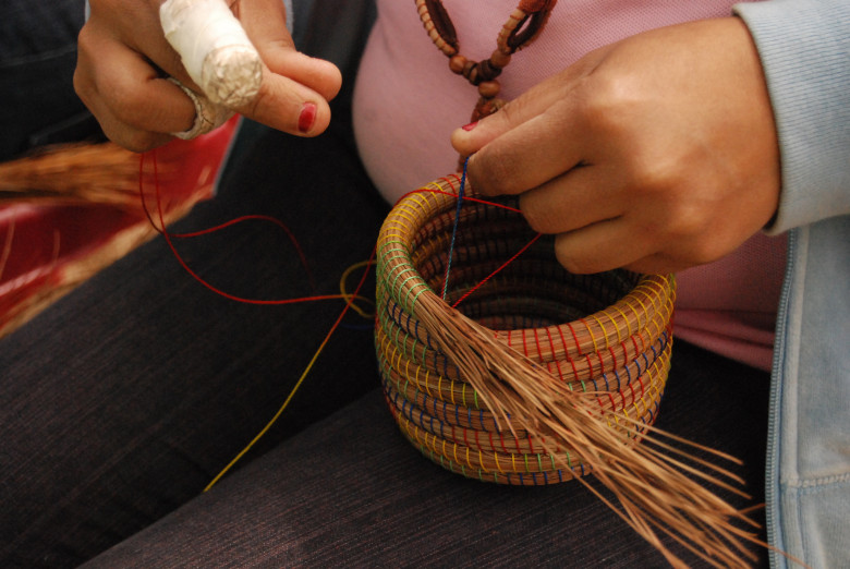 Basket_Weaving_Hands-1