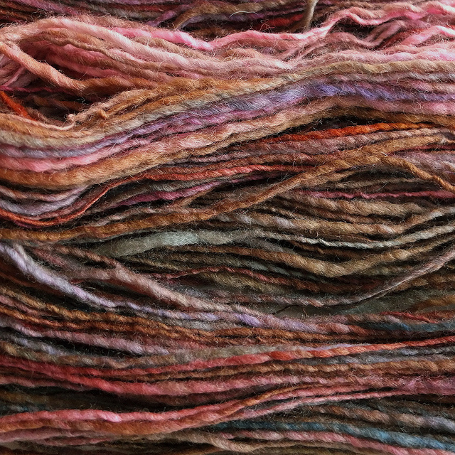 Hand_Spun_Yarn-Colorful