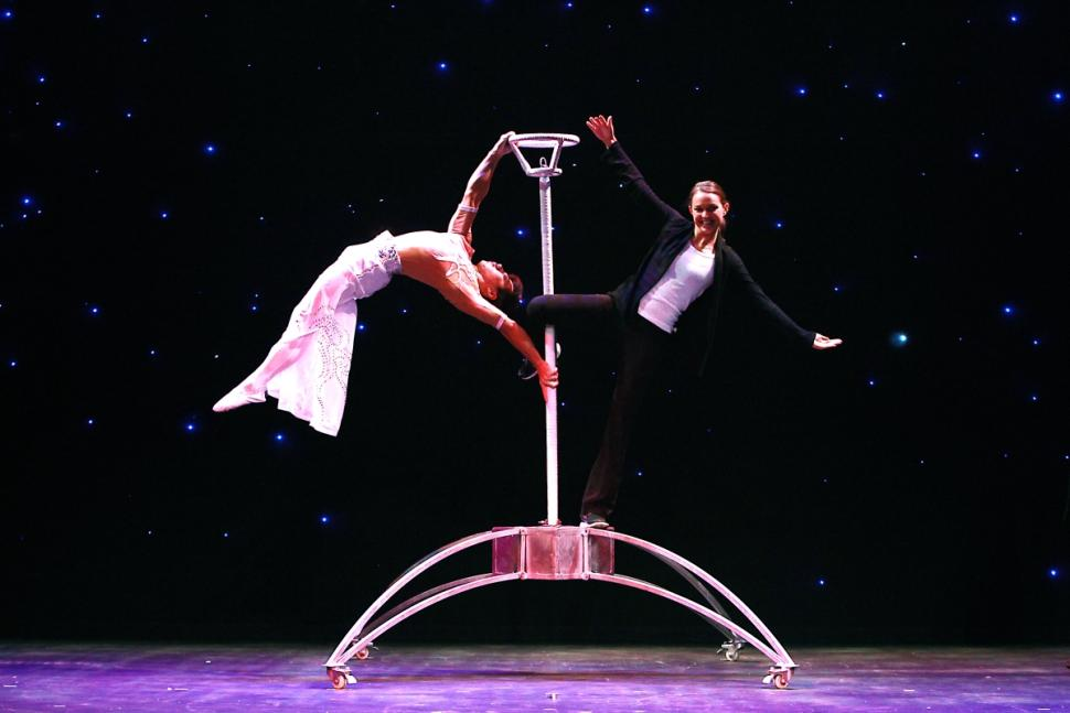 cirque-ziva-new-victory-theater-42nd-street-opens-tomo